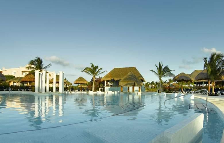 Grand Palladium Colonial Resort & Spa - Pool - 23