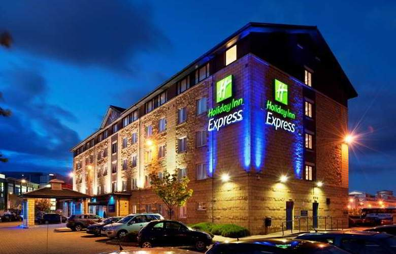 Holiday Inn Express Edinburgh Waterfront - Hotel - 7
