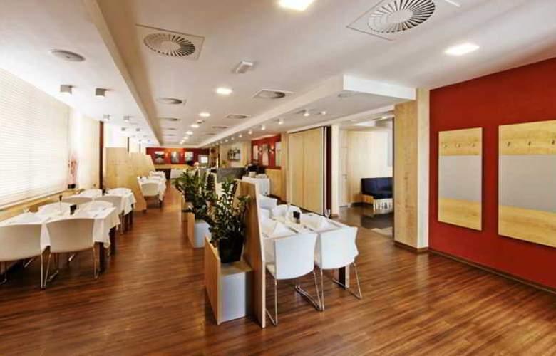 Vista Hotel - Restaurant - 31