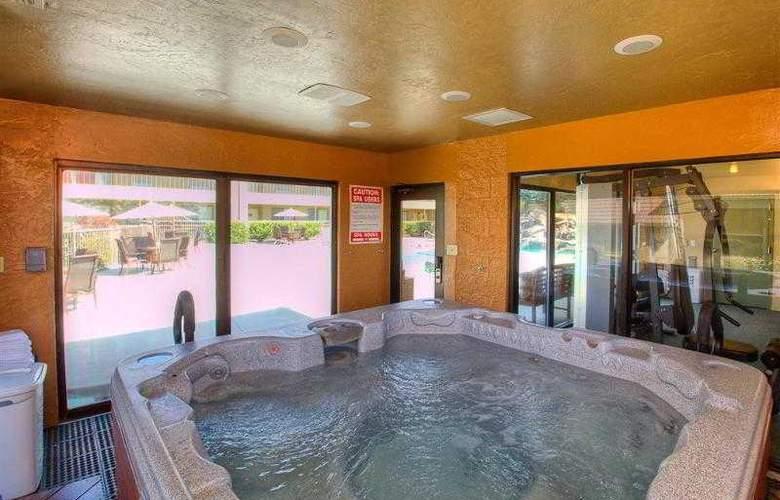 Best Western Foothills Inn - Hotel - 33
