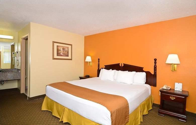 Best Western Royal Inn - Room - 17