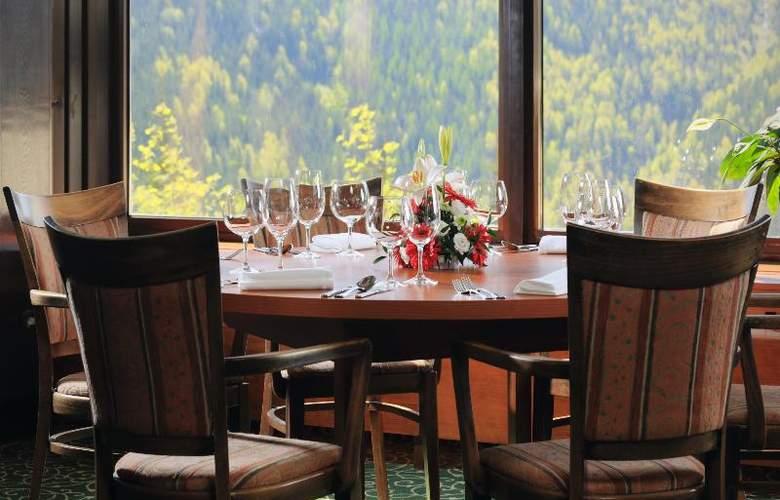 Orea Hotel Horal - Restaurant - 25