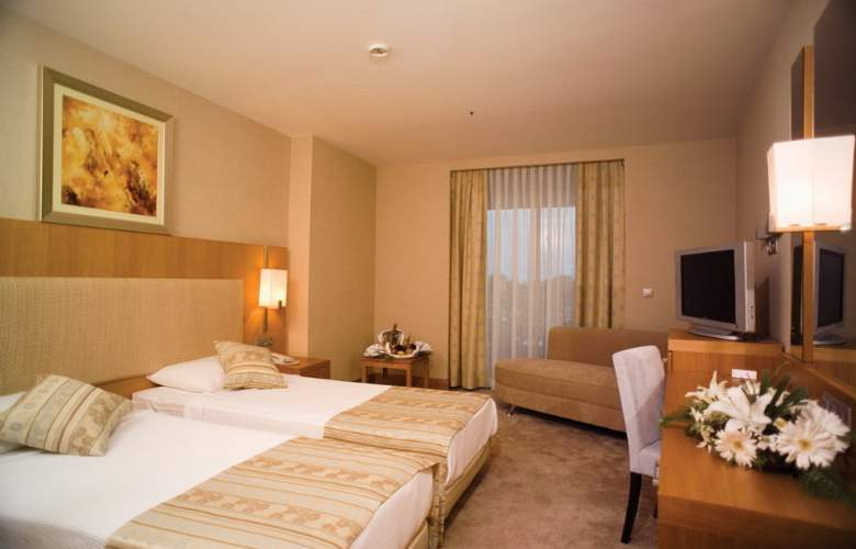 Amara Prestige - Room - 7
