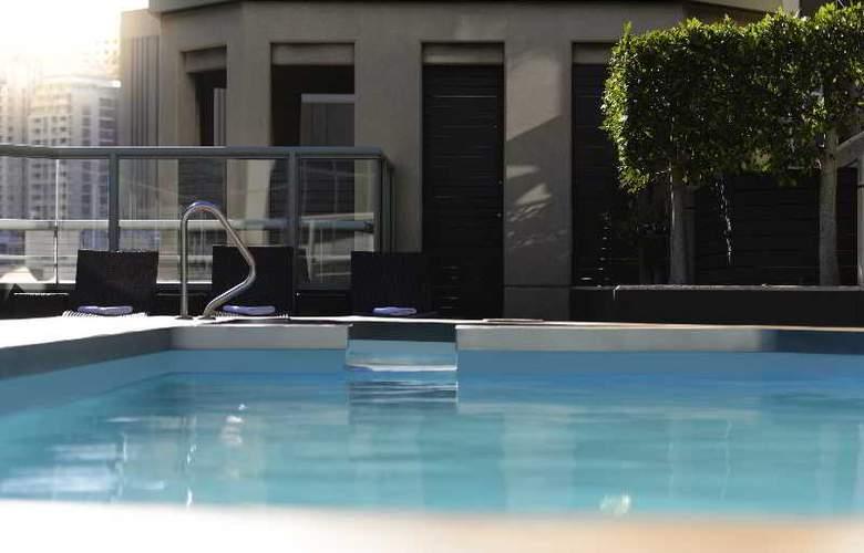 Novotel Sydney Central - Pool - 2
