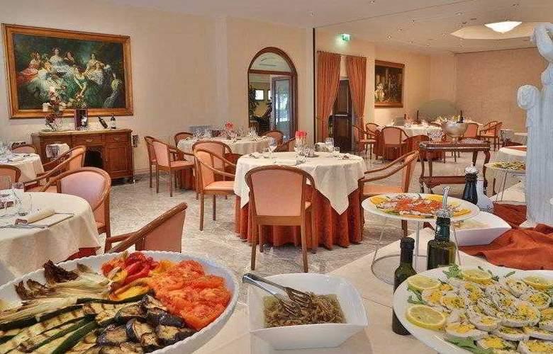 Best Western Globus City - Hotel - 4