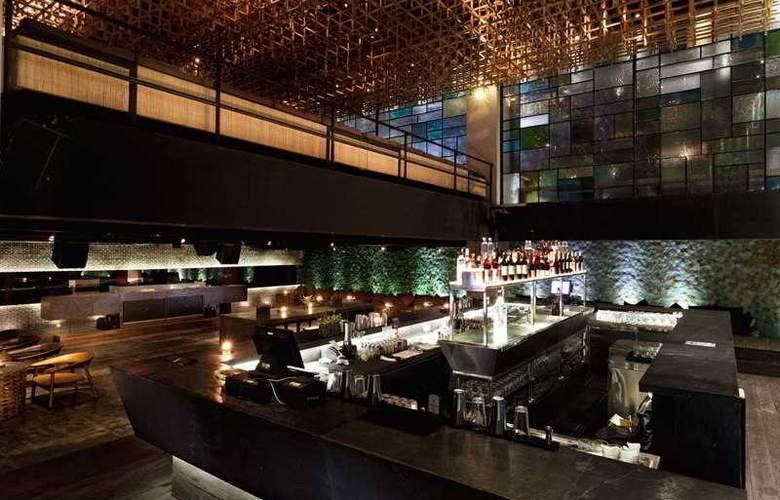 TS Suites Bali & Villas - Restaurant - 11