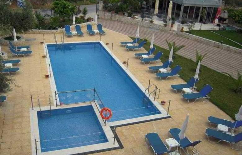 Agnanti Hotel - Pool - 12