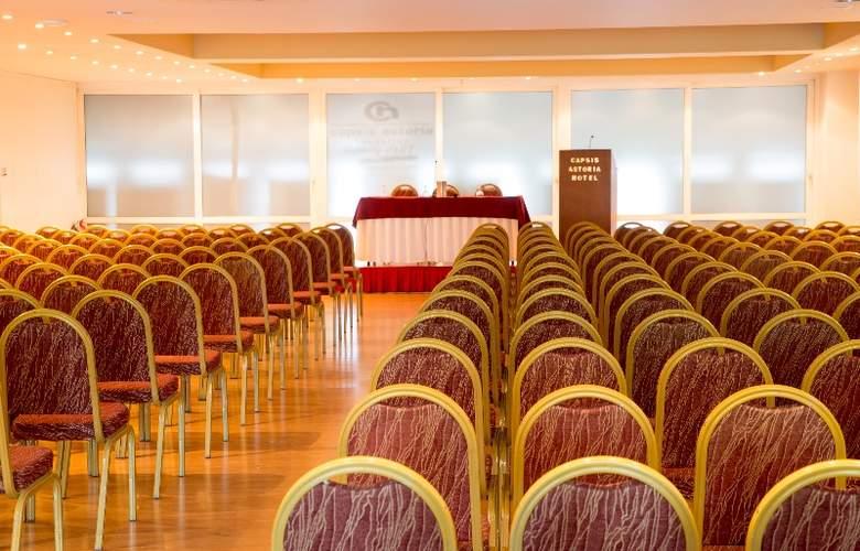 Capsis Astoria - Conference - 14