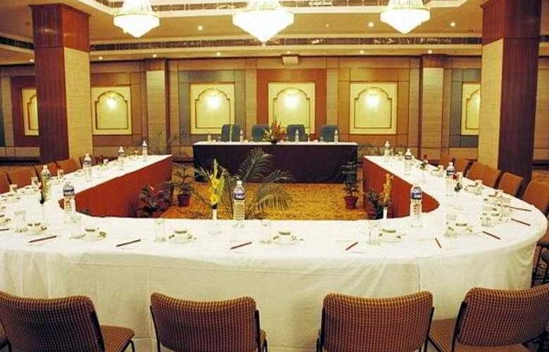 Meraden Grand - Conference - 8