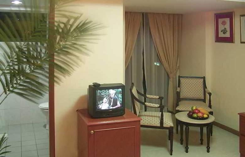Mookai Hotel & Service Flats Pvt. Ltd - Room - 6