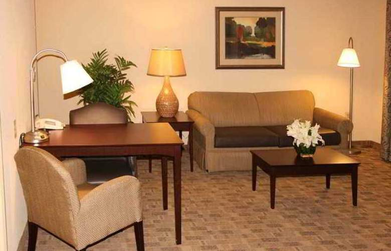 Hampton Inn & Suites Atlanta - I-285 & Camp Creek - Hotel - 9