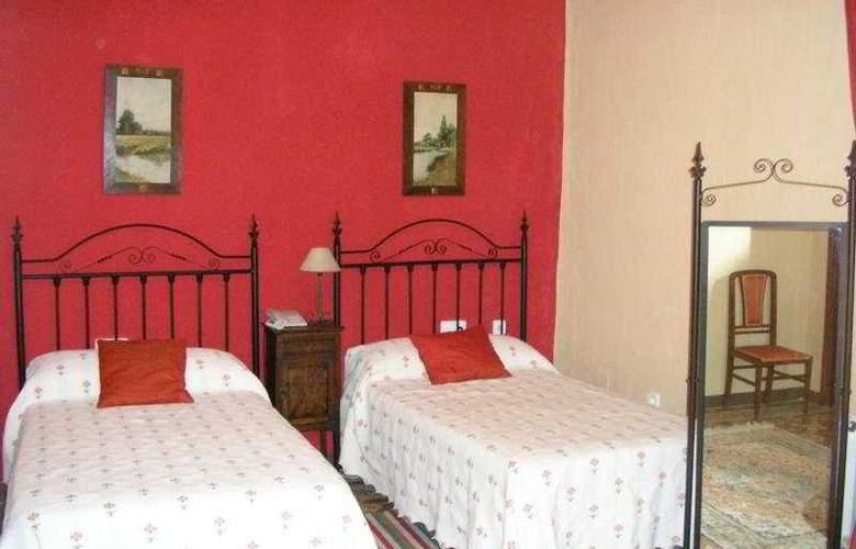 Palacio Guzmanes Hospederia Rural - Room - 4
