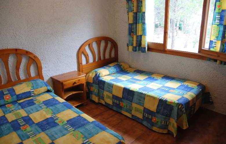 El Pinar - Room - 8