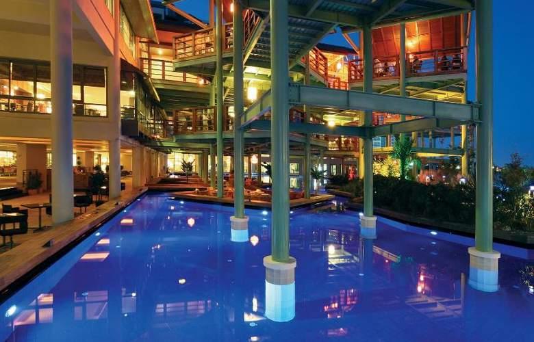 Limak Lara De Luxe Hotel&Resort - Pool - 17