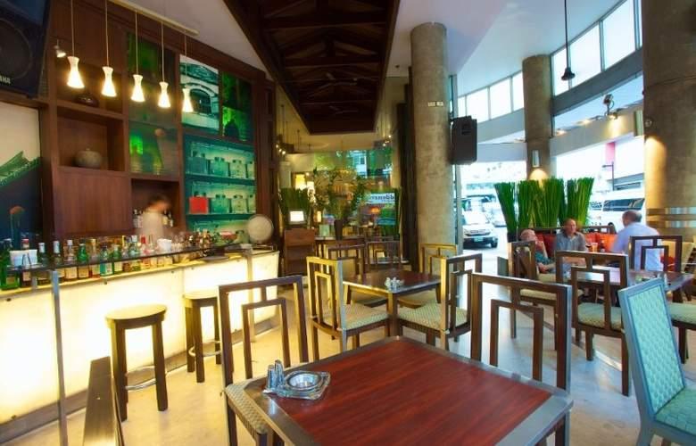 Triple Two Silom - Restaurant - 13