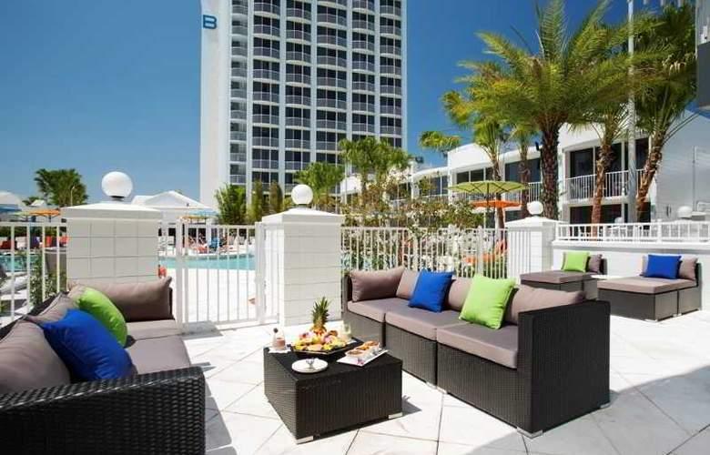 B Resort & Spa - Terrace - 20