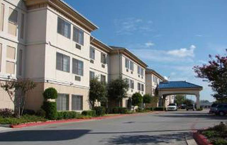 Quality Inn & Suites Airport Austin - Hotel - 0