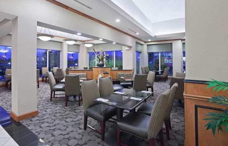 Hilton Garden Inn Tulsa South - Hotel - 10