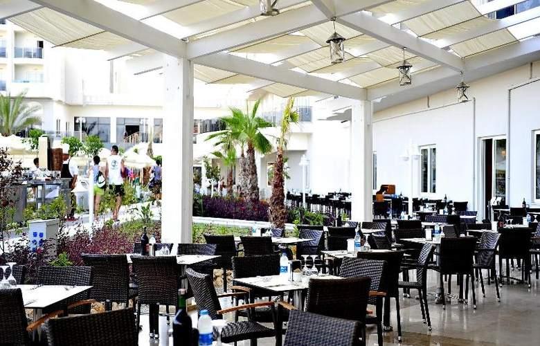 Lake & Riverside Hotel & Spa - Restaurant - 14