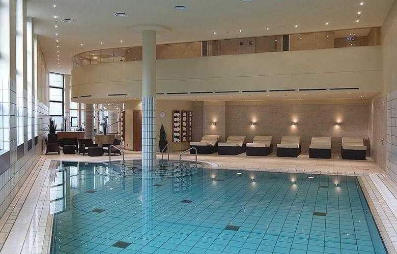 Grand Hotel Esplanade - Pool - 5