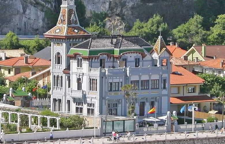 Palacete Villa Rosario - Hotel - 0