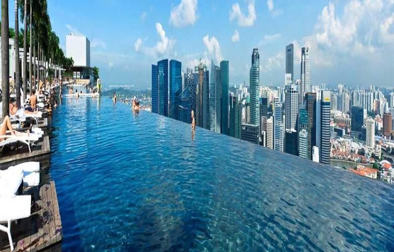 Marina Bay Sands - Pool - 10
