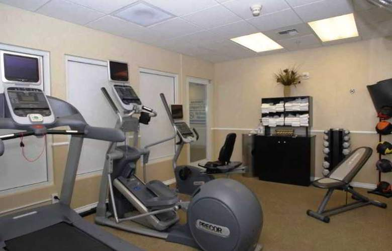 Hilton Garden Inn Bakersfield - Sport - 5
