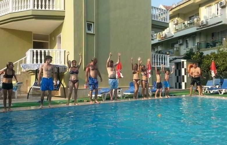 Club Ege Apart Hotel - Pool - 5