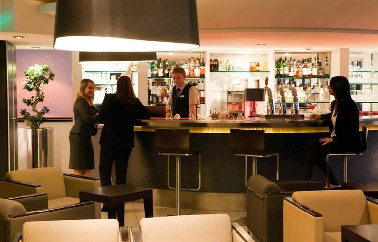 Novotel Paris La Défense - Bar - 36