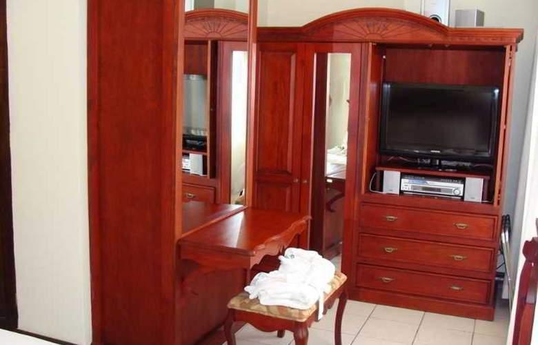 Hotel & Suites Casa Conde - Room - 6