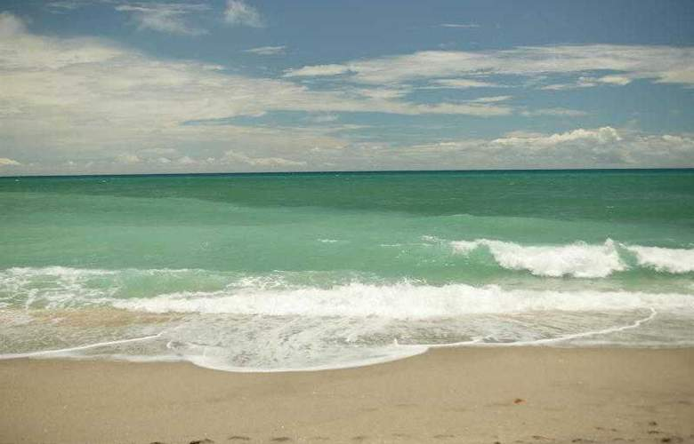 Jupiter Beach Resort & Spa - Beach - 34