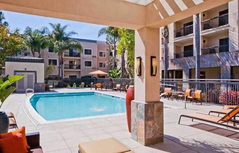 Courtyard by Marriott San Diego Carlsbad/McClellan-Palomar Airport - Hotel - 16