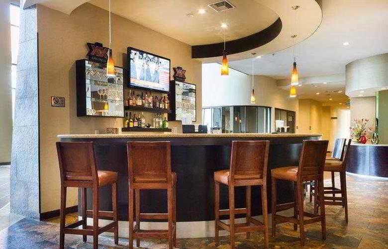 Best Western Premier Monterrey Aeropuerto - Hotel - 31