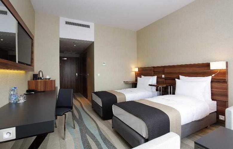 Warsaw Plaza Hotel - Room - 6