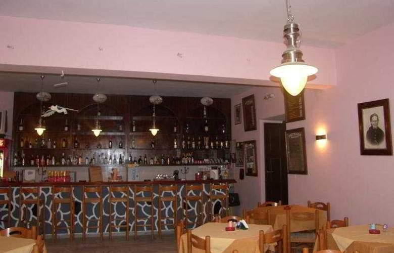 Petradi - Bar - 2