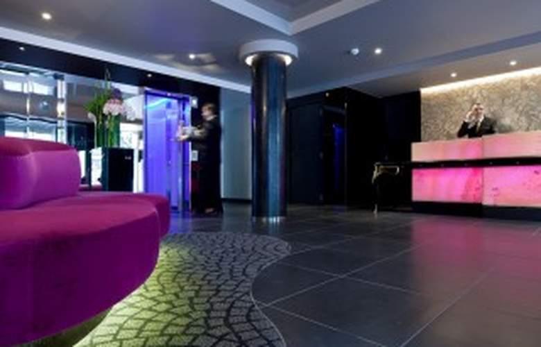 La Villa Maillot - Hotel - 0