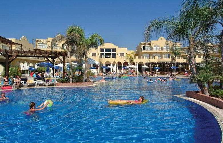 Pafian Park Holiday Village - Pool - 7
