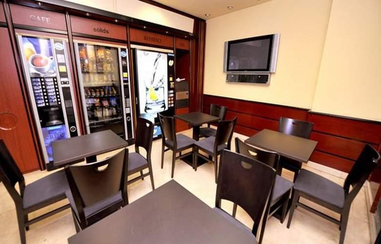 Hotel Glories Sercotel - Bar - 17