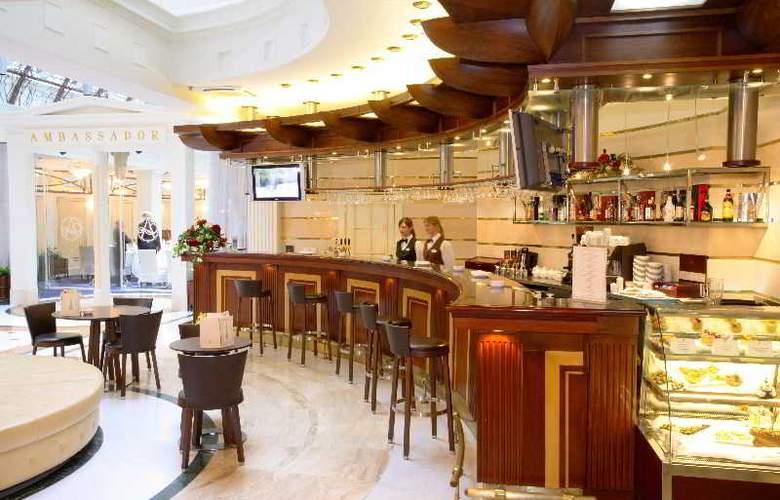 Ambassador - Restaurant - 14