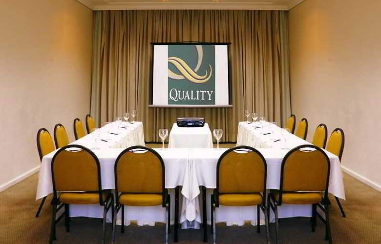 Quality Suites Bela Cintra - Conference - 7