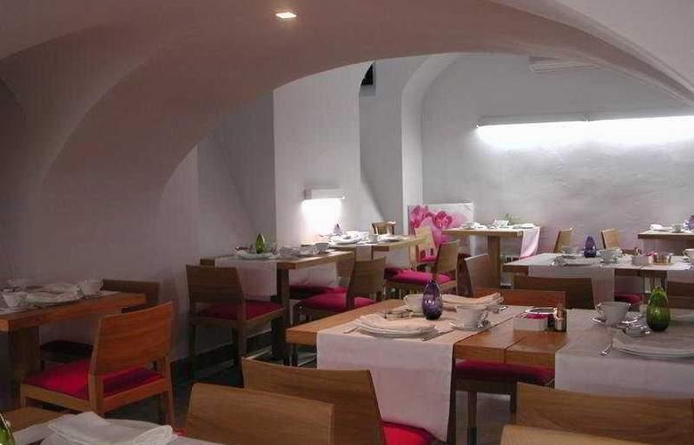 Meninas - Restaurant - 2