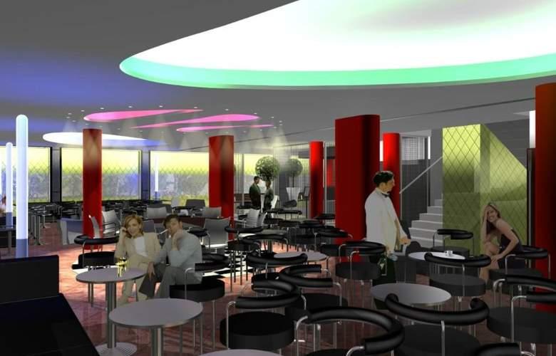 Oasis Plaza - Bar - 1