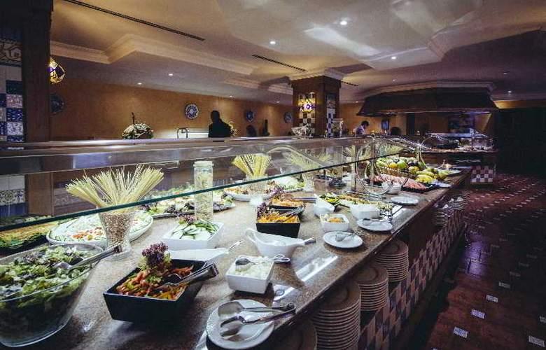 Europe Playa Marina - Restaurant - 50