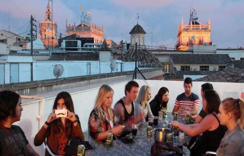 Youth Hostel Center Valencia - Terrace - 19