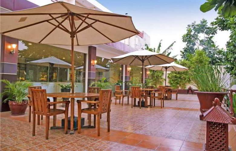Saphir Yogyakarta - Restaurant - 23