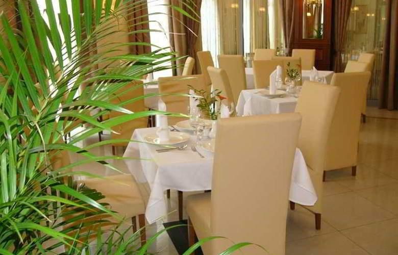 Conrad - Restaurant - 4