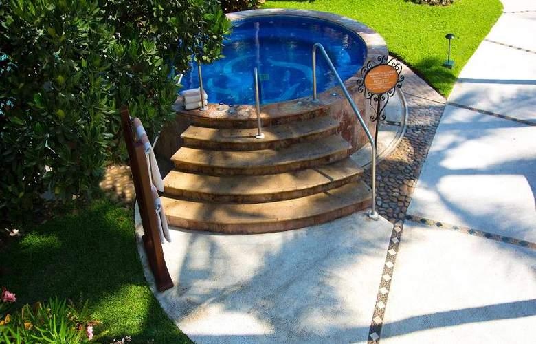 Villa Del Mar Resort & Spa - Pool - 9