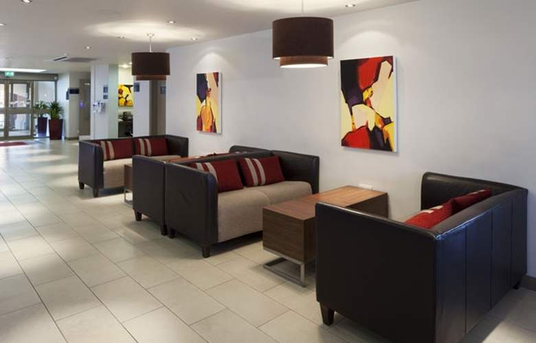 Holiday Inn Express Exeter - Hotel - 7