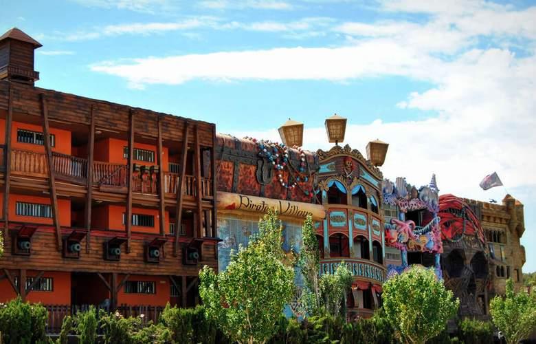 Pirates Village - Hotel - 0