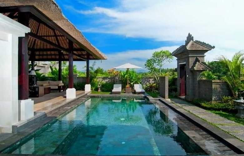 Santi Mandala Luxury Villa - Pool - 4